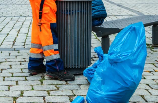 粗大ゴミとして自治体に回収してもらう